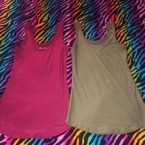 (2) Red Army Green Camisoles Tank Tops X-Small 1